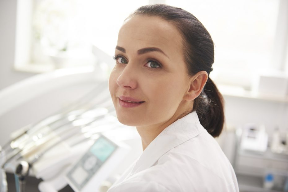 Young, female dentist in dentist's clinic